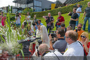Lugner Verlobung - Casino Velden - Fr 01.08.2014 - Spatzi Cathy SCHMITZ, Richard LUGNER im Medienrummel, Presse79