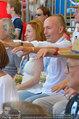 Beachvolleyball VIPs - Centrecourt Klagenfurt - Sa 02.08.2014 - Gerald KLUG mit Sandra (HRNJAK; schwanger)12