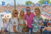 Beachvolleyball VIPs - Centrecourt Klagenfurt - Sa 02.08.2014 - HC Heinz-Christian STRACHE mit Damenbegleitung21