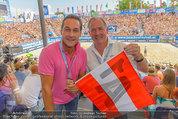 Beachvolleyball VIPs - Centrecourt Klagenfurt - Sa 02.08.2014 - HC Heinz-Christian STRACHE, Gerhard D�RFLER26