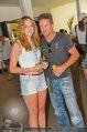 Beachvolleyball VIPs - Centrecourt Klagenfurt - Sa 02.08.2014 - Felix BAUMGARTNER macht Selfie mit Fan37
