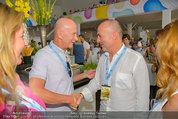 Beachvolleyball VIPs - Centrecourt Klagenfurt - Sa 02.08.2014 - Kurt MANN mit Joanna, Gerald KLUG mit Sandra (HRNJAK, schwanger)48