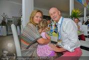 Beachvolleyball VIPs - Centrecourt Klagenfurt - So 03.08.2014 - Kurt MANN mit Joanna und Tochter4