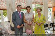 Netrebko Pressekonferenz - Hotel Sacher Salzburg - Mo 11.08.2014 - Stefan OTTRUBAY, Anna NETREBKO, Barbara RETT2
