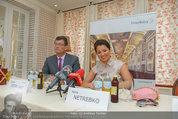 Netrebko Pressekonferenz - Hotel Sacher Salzburg - Mo 11.08.2014 - Stefan OTTRUBAY, Anna NETREBKO22