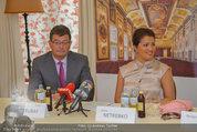 Netrebko Pressekonferenz - Hotel Sacher Salzburg - Mo 11.08.2014 - Stefan OTTRUBAY, Anna NETREBKO6