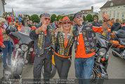 Harley Davidson Charity - Heldenplatz Wien - Mi 13.08.2014 - Harley-Fahrer15