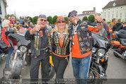 Harley Davidson Charity - Heldenplatz Wien - Mi 13.08.2014 - Harley-Fahrer16