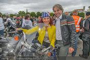 Harley Davidson Charity - Heldenplatz Wien - Mi 13.08.2014 - Erwin BUCHINGER, Christina LUGNER25