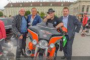 Harley Davidson Charity - Heldenplatz Wien - Mi 13.08.2014 - Ferdinand FISCHER, Manfred JURACZKA, Wolfgang B�CK48
