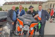 Harley Davidson Charity - Heldenplatz Wien - Mi 13.08.2014 - Ferdinand FISCHER, Manfred JURACZKA, Wolfgang B�CK49