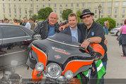 Harley Davidson Charity - Heldenplatz Wien - Mi 13.08.2014 - Ferdinand FISCHER, Wolfgang B�CK50