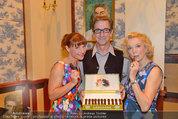Katzenzungen Premiere - Stadttheater Berndorf - Do 14.08.2014 - Kristina SPRENGER, Erika MOTTL, Hubert WOLF1