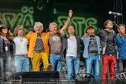 Wolfgang Ambros live - Albener Hafen - Sa 16.08.2014 - Musikband Lichtw�rts, Ulli B�ER (B�hnenfoto)24