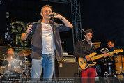 Wolfgang Ambros live - Albener Hafen - Sa 16.08.2014 - Musikband Lichtw�rts, Michael KLAMMER (leads�nger)5