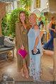 Netrebko - Verlobung - Di 19.08.2014 - Irina GULJAEVA mit Tochter Maria12