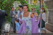 Netrebko - Verlobung - Di 19.08.2014 - Anna NETREBKO mit Sohn Tiago, Yusif EYVAZOV46