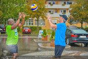 Promi Beachvolleyball - Parktherme Bad Radkersburg - So 24.08.2014 - Biko BOTOWAMUNGU, Oliver STAMM spielen im Regen31