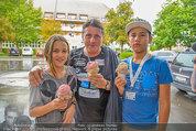 Promi Beachvolleyball - Parktherme Bad Radkersburg - So 24.08.2014 -  Christian SPATZEK mit seinen Kindern Fabian und Mina 71