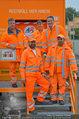 Alfons Haider Fotoshooting - Mistplatz Heiligenstadt - Mi 03.09.2014 - Alfons HAIDER mit Mitarbeitern der MA48 (Teamfoto)24
