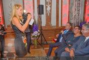 10 Jahre HEUTE - Rosengarten Belvedere - Do 04.09.2014 - Eva DICHAND fotografiert die Regierungsspitze149