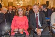 Miro Retrospektive - Albertina - Do 11.09.2014 - Soraya S�enz DE SANTAMARIA Josef OSTERMAYER41