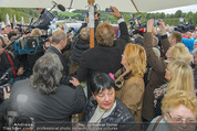 Lugner Hochzeit - Schloss Schönbrunn - Sa 13.09.2014 - Medienrummel bei Hochzeit LUGNERS12