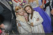 Lugner Hochzeit - Schloss Schönbrunn - Sa 13.09.2014 - Blumenkinder (u.a. Leonie und Sofia)133