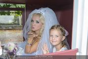 Lugner Hochzeit - Schloss Schönbrunn - Sa 13.09.2014 - Cathy SCHMITZ LUGNER mit Nachbarstochter Sofia3