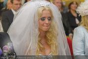 Lugner Hochzeit - Schloss Schönbrunn - Sa 13.09.2014 - Cathy SCHMITZ LUGNER36