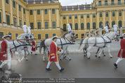 Lugner Hochzeit - Schloss Schönbrunn - Sa 13.09.2014 - sechssp�nnige Kutsche6