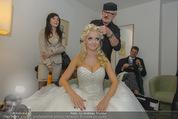 Lugner Hochzeit - Lugner City - Sa 13.09.2014 - Cathy SCHMITZ LUGNER - backstage bei Vorbereitung1