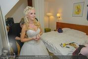 Lugner Hochzeit - Lugner City - Sa 13.09.2014 - Cathy SCHMITZ LUGNER - backstage bei Vorbereitung16