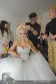 Lugner Hochzeit - Lugner City - Sa 13.09.2014 - Cathy SCHMITZ LUGNER - backstage bei Vorbereitung17