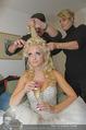 Lugner Hochzeit - Lugner City - Sa 13.09.2014 - Cathy SCHMITZ LUGNER - backstage bei Vorbereitung18