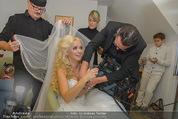 Lugner Hochzeit - Lugner City - Sa 13.09.2014 - Cathy SCHMITZ LUGNER - backstage bei Vorbereitung2
