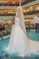 Lugner Hochzeit - Lugner City - Sa 13.09.2014 - Cathy SCHMITZ LUGNER im Verlobungskleid27