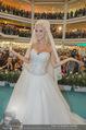 Lugner Hochzeit - Lugner City - Sa 13.09.2014 - Cathy SCHMITZ LUGNER im Verlobungskleid29