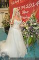 Lugner Hochzeit - Lugner City - Sa 13.09.2014 - Cathy SCHMITZ LUGNER im Verlobungskleid32
