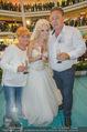 Lugner Hochzeit - Lugner City - Sa 13.09.2014 - Cathy SCHMITZ LUGNER im Verlobungskleid, Eltern, Familie36