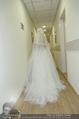 Lugner Hochzeit - Lugner City - Sa 13.09.2014 - Cathy SCHMITZ LUGNER im Verlobungskleid40