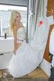 Lugner Hochzeit - Lugner City - Sa 13.09.2014 - Cathy SCHMITZ LUGNER backstage bei Vorbereitungen46