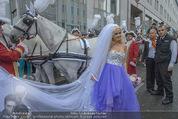 Lugner Hochzeit - Lugner City - Sa 13.09.2014 - Cathy SCHMITZ LUGNER55