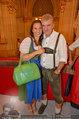 Almdudler Trachtenpärchenball - Rathaus - Fr 19.09.2014 - Arthur WORSEG, Kristina HASELBAUER139