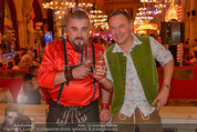 Almdudler Trachtenpärchenball - Rathaus - Fr 19.09.2014 - Georgij MAKAZARIA (Russkaja), Gerhard SCHILLING149