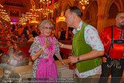 Almdudler Trachtenpärchenball - Rathaus - Fr 19.09.2014 - Lotte TOBISCH, Gerhard SCHILLING153