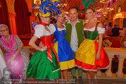 Almdudler Trachtenpärchenball - Rathaus - Fr 19.09.2014 - Gerhard SCHILLING mit Dirndl157