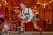 Almdudler Trachtenpärchenball - Rathaus - Fr 19.09.2014 - Oliver POCHER173