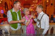 Almdudler Trachtenpärchenball - Rathaus - Fr 19.09.2014 - Oliver POCHER, Lotte TOBISCH, Gerhard SCHILLING180