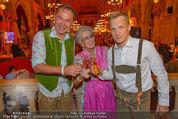 Almdudler Trachtenpärchenball - Rathaus - Fr 19.09.2014 - Oliver POCHER, Lotte TOBISCH, Gerhard SCHILLING181